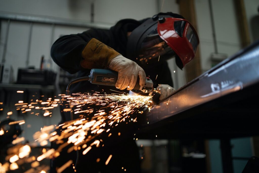 Why The Top 22 Best-Structured Manufacturing Websites Are Growing Revenue in Leaps and Bounds